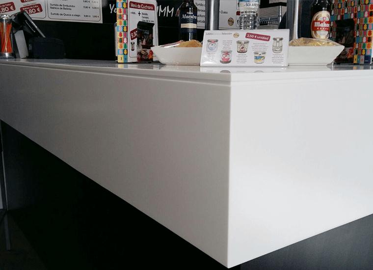 Proyecto de Cubik para una tienda bar y restaurante